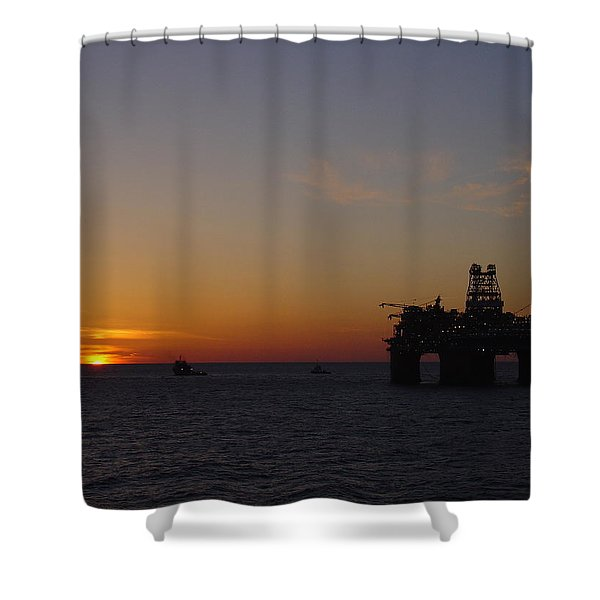 Thunder Horse Tow Out Shower Curtain
