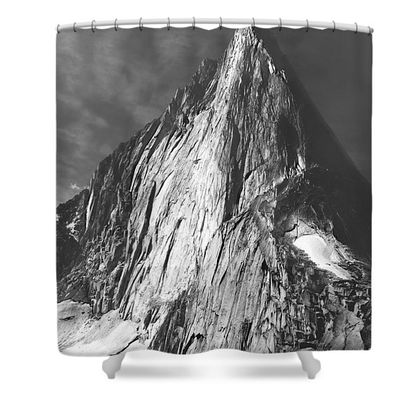 102756 Bugaboo Spire Shower Curtain