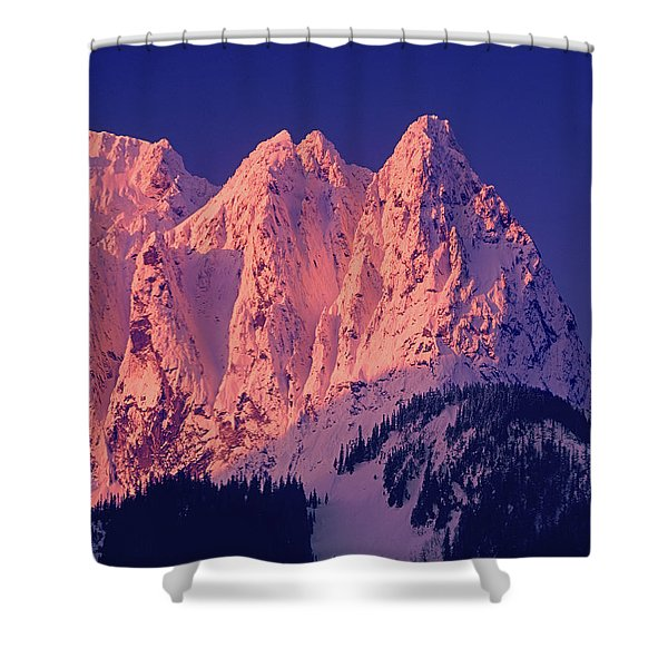 1m4503-a Three Peaks Of Mt. Index At Sunrise Shower Curtain