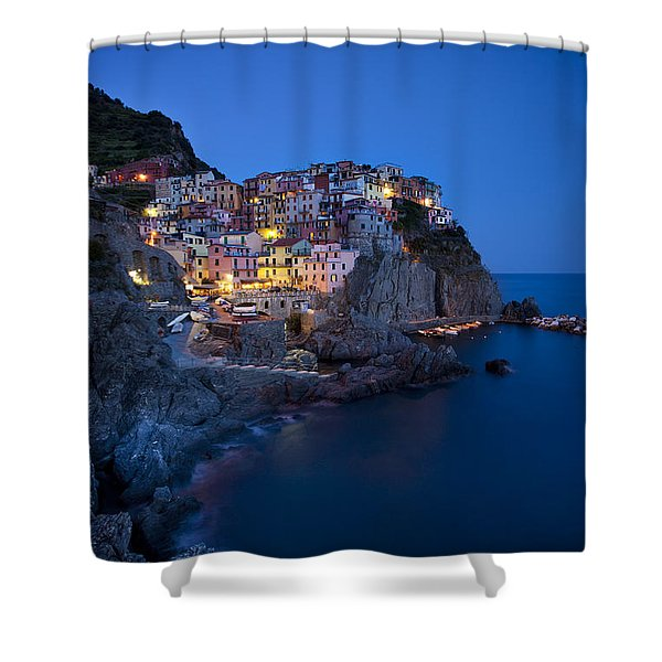 Shower Curtain featuring the photograph Cinque Terre by Brian Jannsen