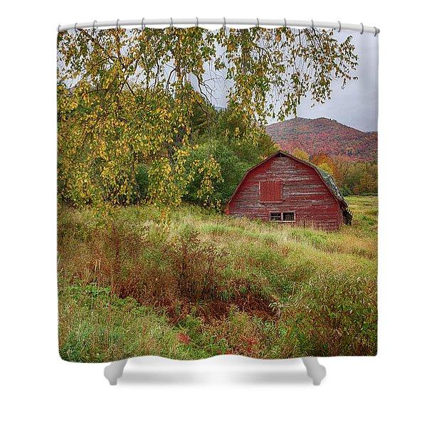 Adirondack Barn In Autumn Shower Curtain