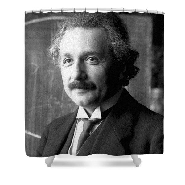 Albert Einstein Nel 1921 Shower Curtain