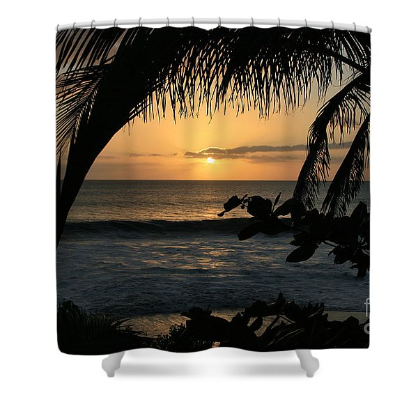 Aloha Aina The Beloved Land - Sunset Kamaole Beach Kihei Maui Hawaii Shower Curtain