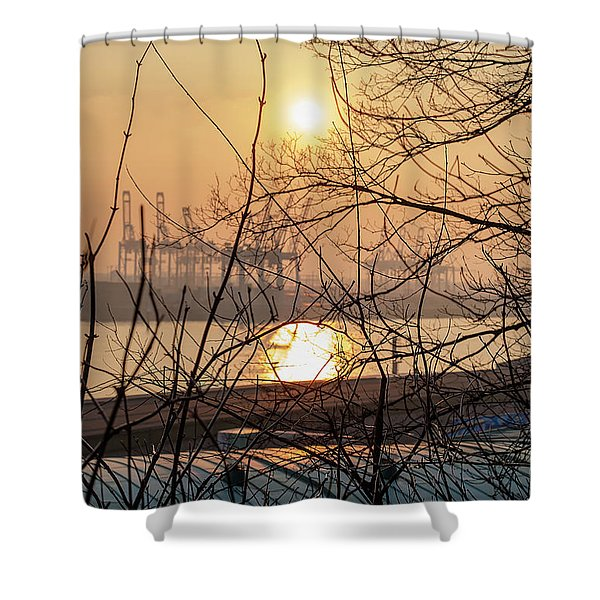 Altonaer Balkon Sunset Shower Curtain