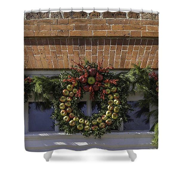 Apple Wreaths At The George Wythe House Shower Curtain