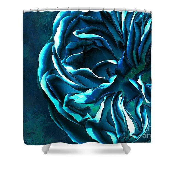 Artistique Rose Blue Shower Curtain