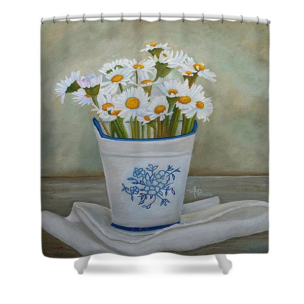 Daisies And Porcelain Shower Curtain