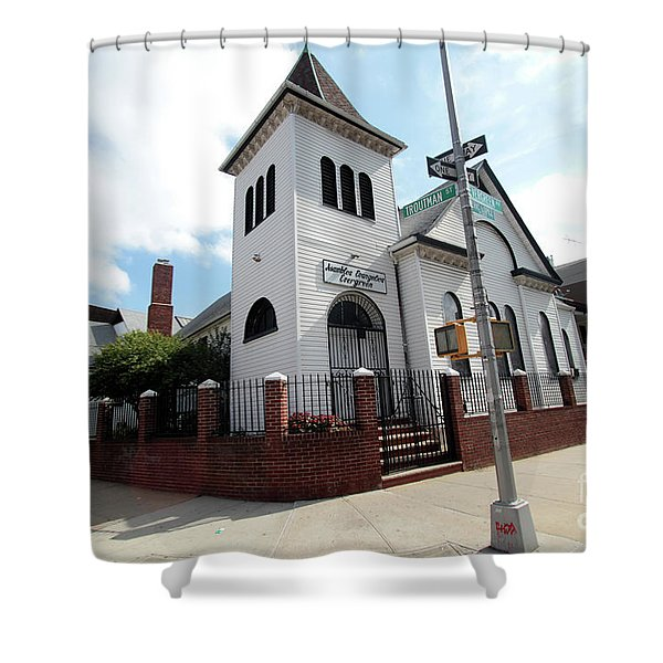 Asamblea Evangelica Evergreen Church Shower Curtain