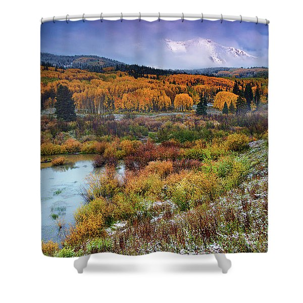 Autumn Dusting Shower Curtain