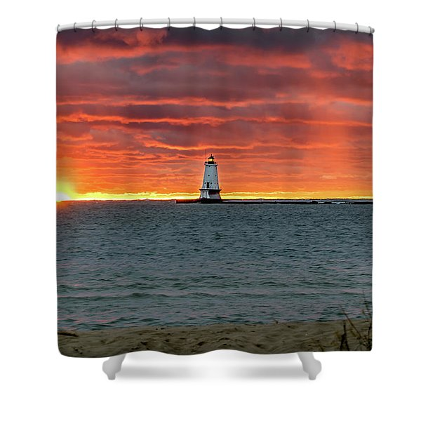 Shower Curtain featuring the photograph Awesome Sunset With Lighthouse  by Lester Plank