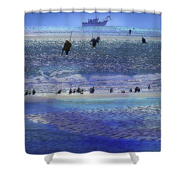 Azul De Lluvia Shower Curtain