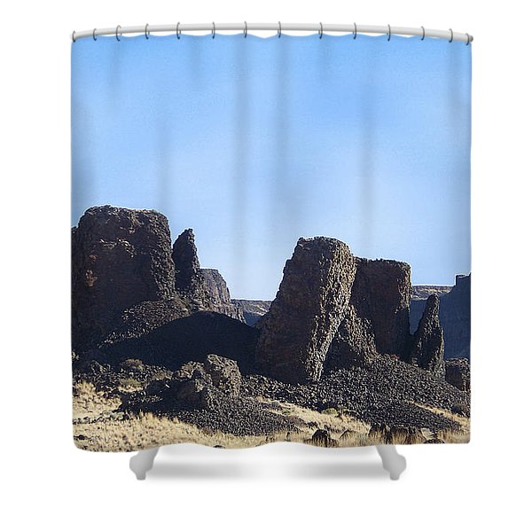 Shower Curtain featuring the photograph Basalt Columns - The Ice Age Flood by Charles Robinson