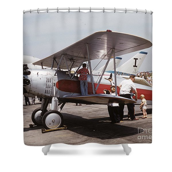 Bi-wing-3 Shower Curtain