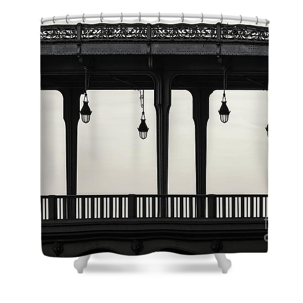 Bir Hakeim Shower Curtain