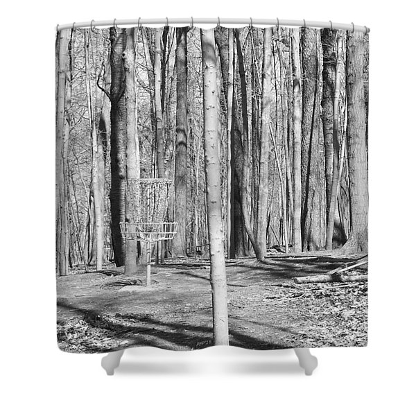 Black And White Disc Golf Basket Shower Curtain