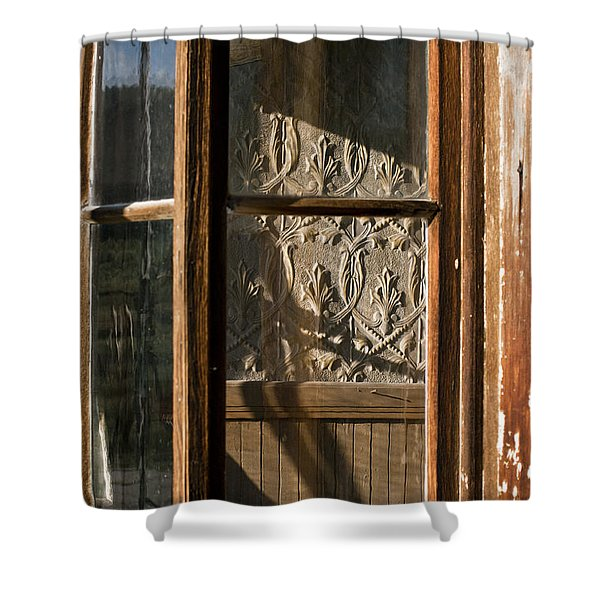Bodie 19 Shower Curtain