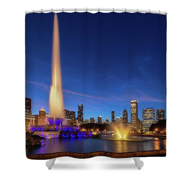 Buckingham Fountain At Dusk Shower Curtain