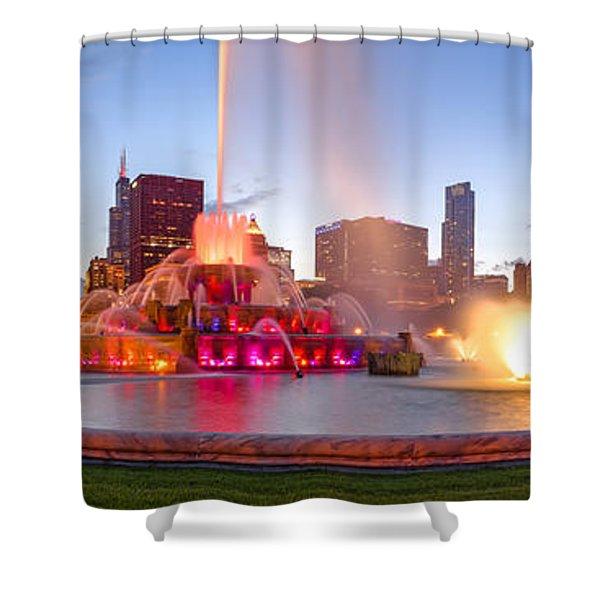 Buckingham Fountain Panorama At Twilight - Grant Park Chicago Illinois Shower Curtain