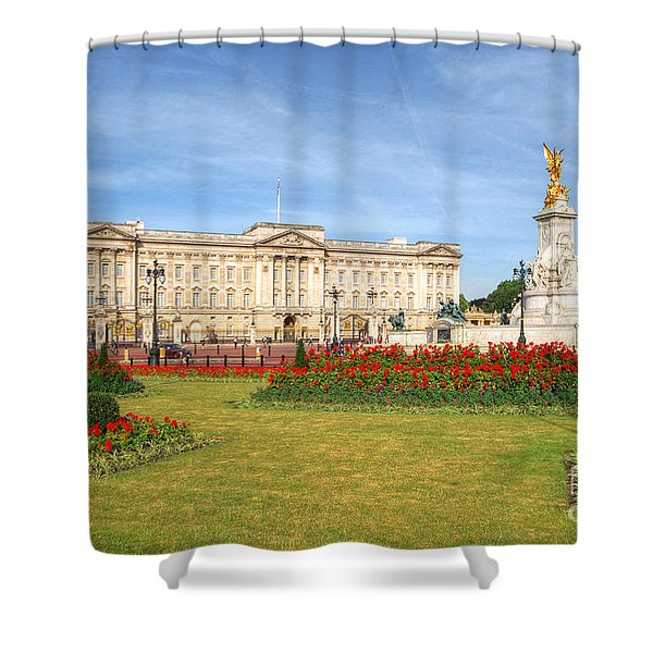 Buckingham Palace And Garden Shower Curtain