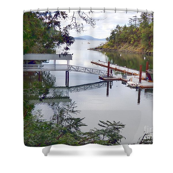 Shower Curtain featuring the photograph Butchart Bay by Charles Robinson