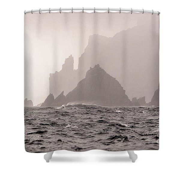 Cape Raoul Shower Curtain