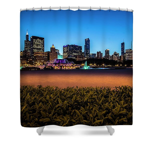 Chicago's Buckingham Fountain At Dusk  Shower Curtain