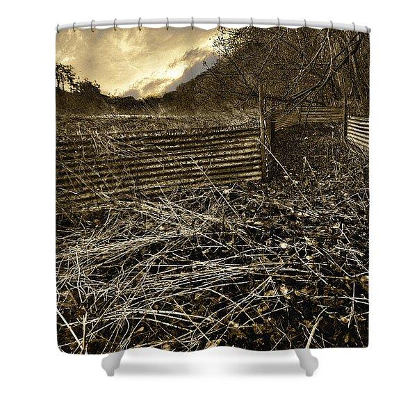 Corrugated Tin Pen Shower Curtain