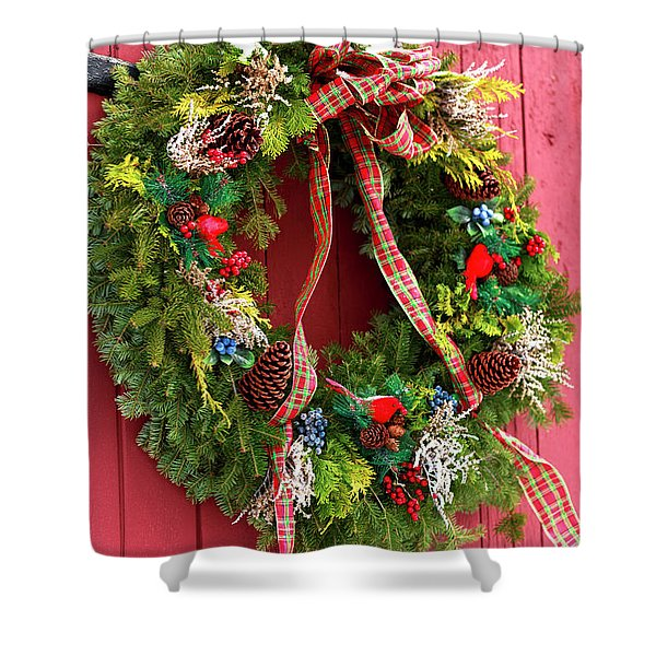 Country Christmas Wreath Shower Curtain