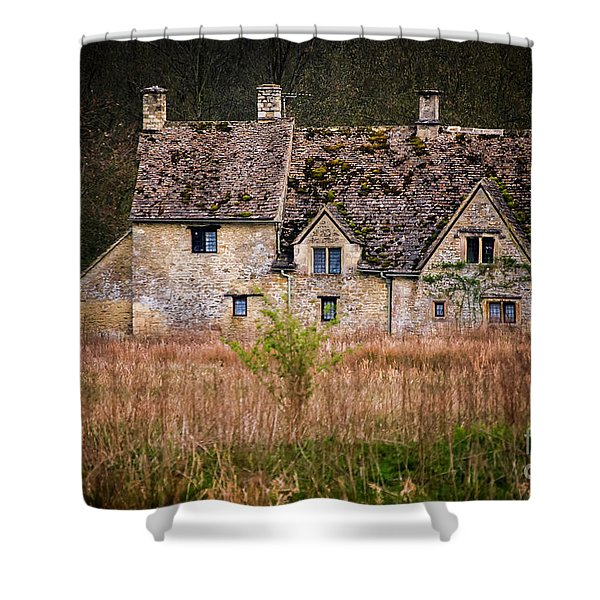 Country Retreat Shower Curtain