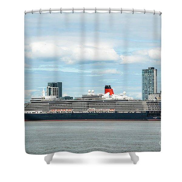 Cunard's Queen Elizabeth At Liverpool Shower Curtain