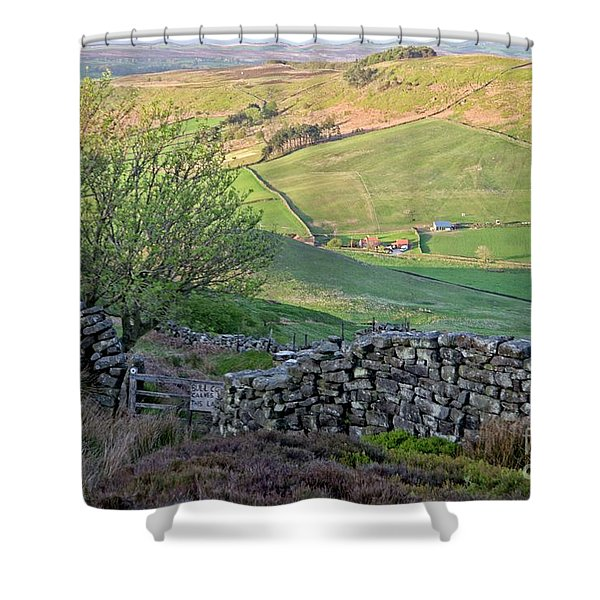 Danby Dale Countryside Shower Curtain