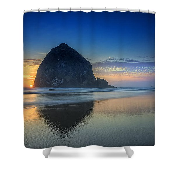 Day's End In Cannon Beach Shower Curtain