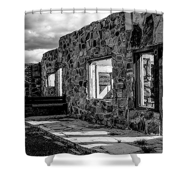 Desert Lodge Bw Shower Curtain