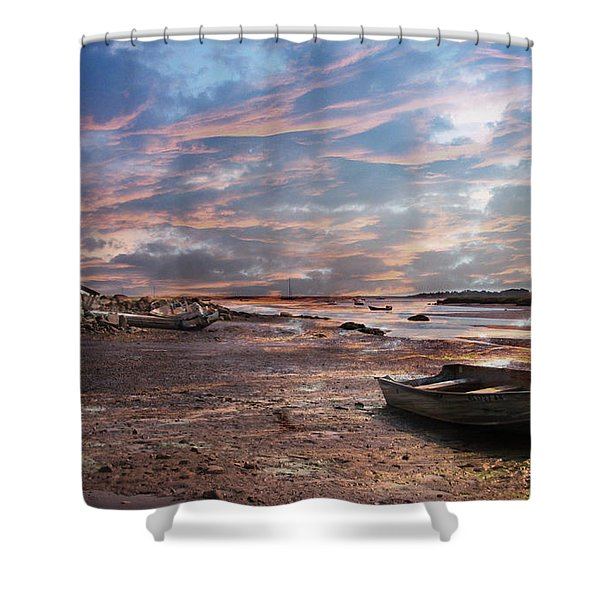 Early Morning Low Tide On The North Shore Shower Curtain