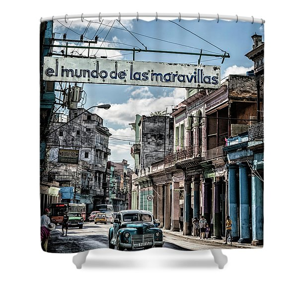 El Mundo De Las Maravillas Shower Curtain