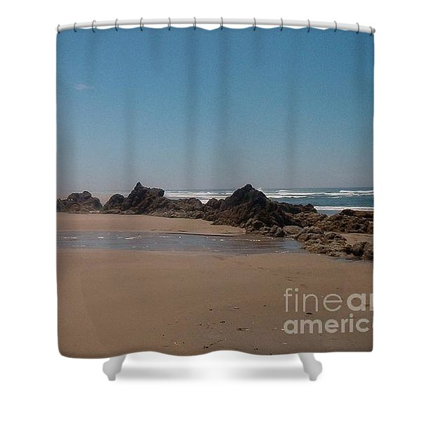 Shower Curtain featuring the photograph Endless Beach by Charles Robinson