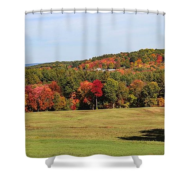 Shower Curtain featuring the photograph Fall Colors In Easthampton by Sven Kielhorn