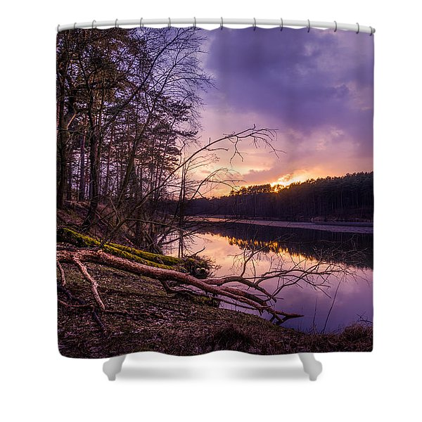 Fallen To The Setting Sun Shower Curtain