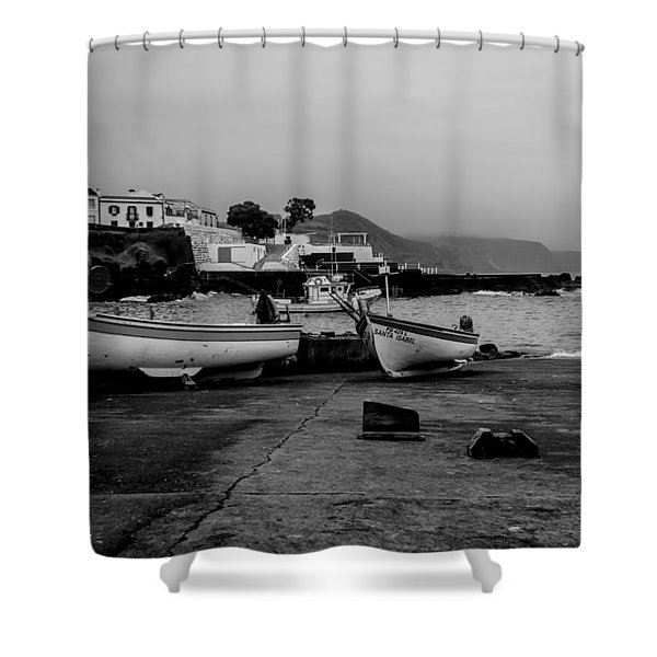 Fine Art Back And White252 Shower Curtain