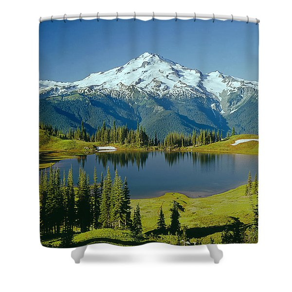 1m4422-glacier Peak, Wa  Shower Curtain