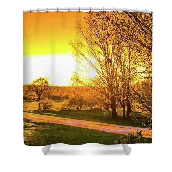 Shower Curtain featuring the photograph Glowing Sunset by Lester Plank