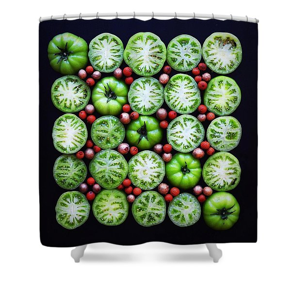Green Tomato Slice Pattern Shower Curtain
