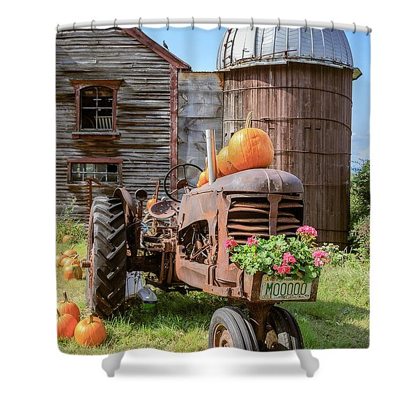 Harvest Time Vintage Farm With Pumpkins Shower Curtain