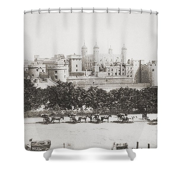 Her Majesty S Royal Palace And Shower Curtain