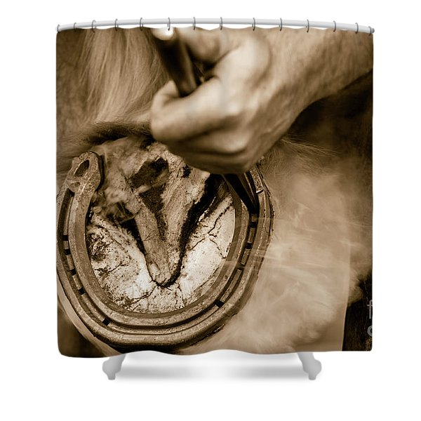Horsehoe Fitting Shower Curtain