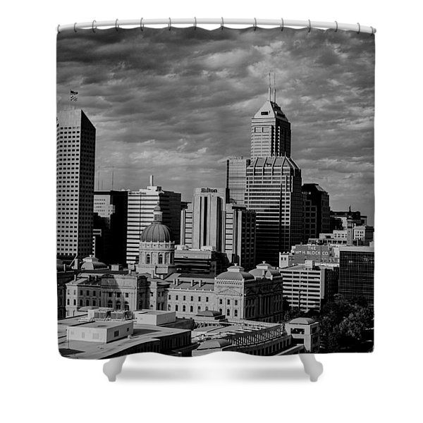 Indianapolis Indiana Skyline 19f Shower Curtain