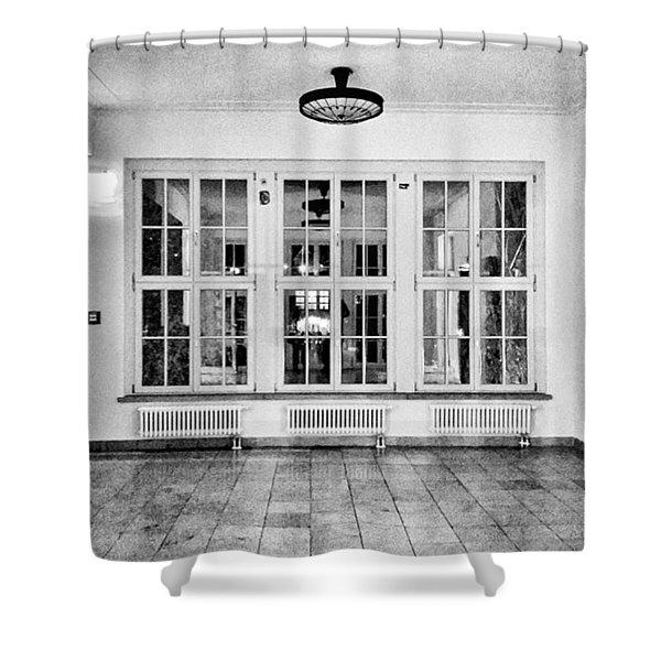 Interessante Lampen Haben Sie Shower Curtain