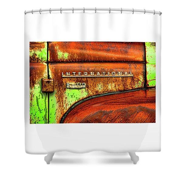 International Mcintosh  Horz Shower Curtain