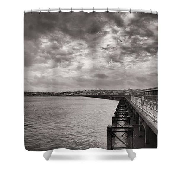 Island Panorama - Ryde Shower Curtain