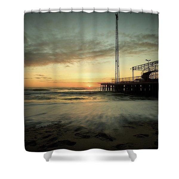 Jersey Shore Sunrise In Winter Shower Curtain